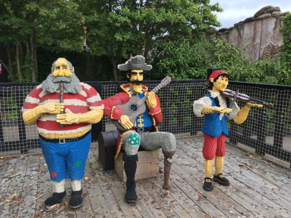 Top 16 attractions at Legoland Windsor – Fantastic family day out!