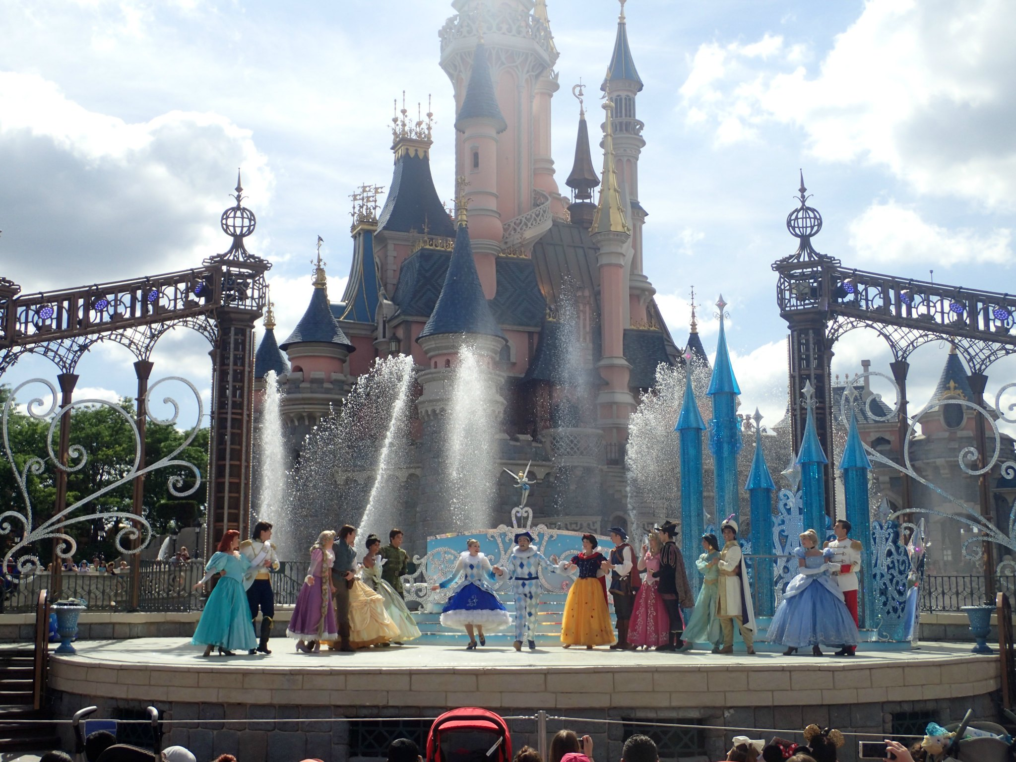 Disney princesses show