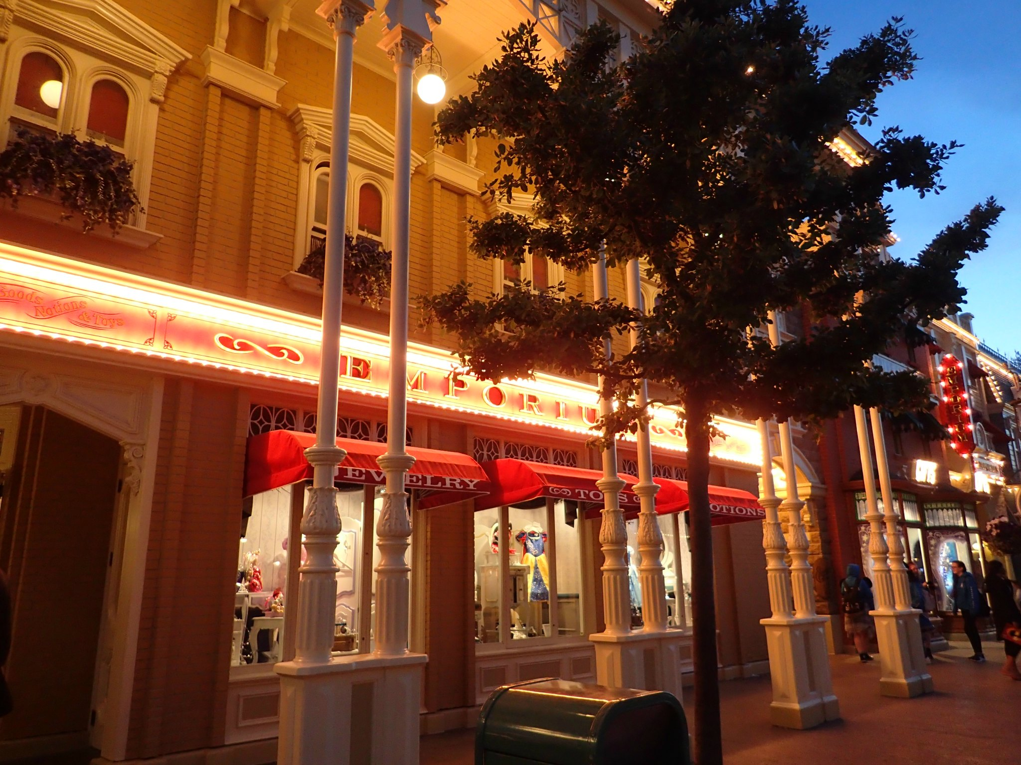 Main Street by night, Disneyland Paris